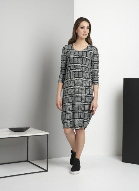 5841 Dress